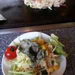 とんぼ亭 - 最初はサラダ