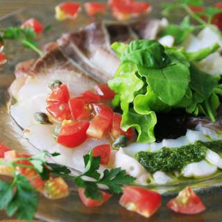 北海道産の魚介にこだわる