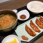 26013272 - えびたこ餃子+ミニえびしおラーメン ご飯お漬け物付き 980円