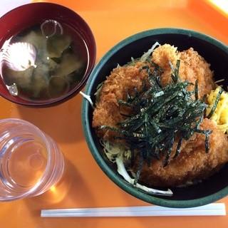 とんふぁん - 料理写真:地鶏ソースカツ丼