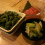まるりゅう - 茶豆、セロリ漬け、トマトの浅漬け