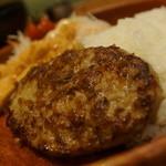 びっくりドンキー - 料理写真:ハンバーグ&チキン香り揚げディッシュ