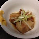 川崎餃子樓 - 角煮