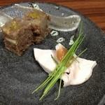 26018278 - 牛すじの煮こごりと鶏ハム