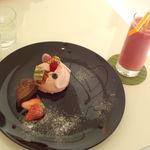 グリンデルベルグ  - イチゴのムース