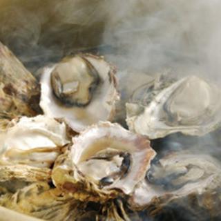 厚岸産の牡蠣のガンガン焼き