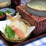 花子そば・うどん - 料理写真:釜揚げセット 930円