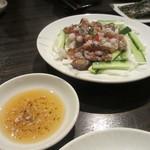 炭火焼肉・韓国料理 KollaBo - サンナッチ(活けダコの踊り食い)