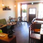 お茶とおやつ 和茶 - 店内