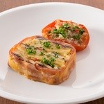 ラ ココリコ - イワシとジャガイモの焼きテリーヌ。焼きトマトと共に。