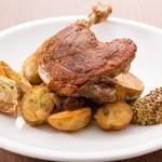 ラ ココリコ - カリッカリの皮しっとりの肉。定番、鴨のコンフィ!