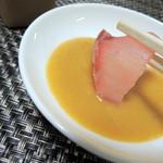 宮崎鯉屋 - 鯉のあらい カラシ味噌が付いてきます