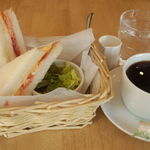 カフェ・ラシュール - モーニング(本日のサンドイッチ)