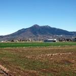26075119 - お店はこの筑波山の麓付近です。