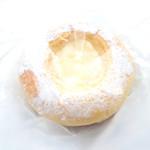 un peu de - ブリオッシュクリーム (178円) '14 3月上旬