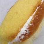 玉吉ベーカリー - メロンクリームパン