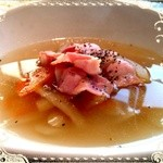 SIX 6 - 週替わりスープ★たっぷり根菜とベーコンのスープ★