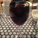 """45 bis""""あわ"""" - こぼれワイン赤。タコチューの口でお迎えに行きます。"""