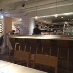 AKOMEYA厨房 - 店内はこんな感じ♡ やはりオープンキッチンです!