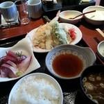 26092038 - 刺身&天婦羅定食、にぎり寿司セット。