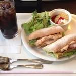 ベックスコーヒーショップ - オムレツのカスクートサンド&クレソンのサラダプレート ドリンク付 720円