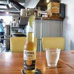 ブッチャーズテーブル - ドリンク写真:コロナ