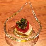 ジャルディーノ - お豆腐とトマトのバジルソース