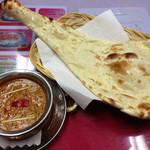 スパイスマジックインディアンレストラン - 料理写真:チキンカレー&プレートナン