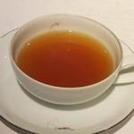 シャトン - 食後の紅茶 もちろんマリアージュです