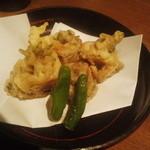 ふく鶴 - 鰯梅肉挟み揚げ