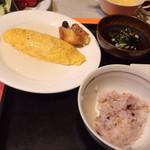 26107179 - たまご料理は洋風オムレツ、餡掛けの和風オムレツから選べました。写真は和風オムレツ