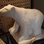 26108757 - お店のシンボルである白熊の置物