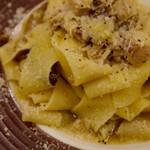 フォルノ ディ ルイジ クオモ - ポルチーニ茸とフランス産ウサギのパッパルデッレ