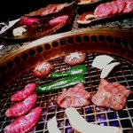 2614518 - お肉はグリルにて網焼き