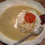 ヨツヤナインバー - サバ味噌グリーンカレー これにサラダとスープがつく
