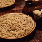 蕎麦 シカモア - 辛味大根おろし 900円