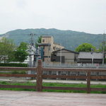 露瑚 - 店から見える京都東山です