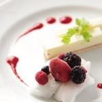 シンプルキッチン - チーズケーキとベリーベリー
