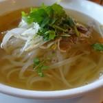 シクロ - 鶏肉のフォーのスープは透き通っていて綺麗でした