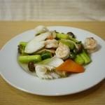 ほんこん中華料理 - 季節野菜と海鮮の炒め物