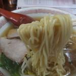 26207678 - 中太ストレート麺アップ。