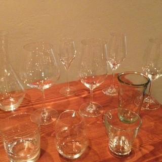 ワインだけでなくグラスも選んでます!!