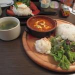 hole hole cafe&diner - バターチキンカレー(780円)
