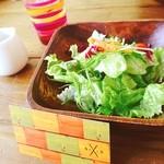 カフェスバコ - ランチセットのサラダのドレッシングが味噌と酢で変わった組み合わせだったけど美味しかったー☻♪