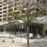 エル・トレス - 目黒川の川辺に佇むレストギャラリー