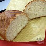ベーカリー 南 - 「ミルクパン」 240円