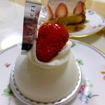 プレヴェール - 白いケーキ('14.04月)