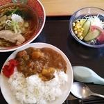 レストラン あゆみ - ミニカレーセット ラーメン付き750円。