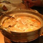 味彩せいじ - カジカの鍋!コラーゲンたっぷりのプルプル。身はフカフカ。