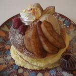 カフェ アリエッティ - シナモンアップルと紅茶アイスのパンケーキ (780円)  2014.03.27